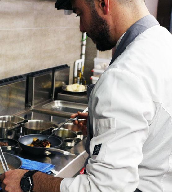 Entrevista a nuestro cocinero principal del restaurante KaliSkka